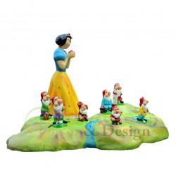 Figura dekoracyjna Królewna Śnieżka i siedem krasnoludków